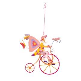 Triciclo rosa alada