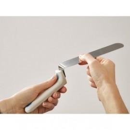 Twist blade