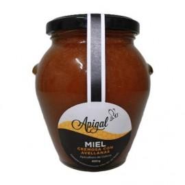 Miel cremosa con avellanas
